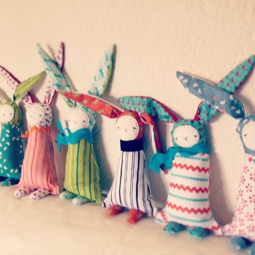 Bunnies in a row2 ct